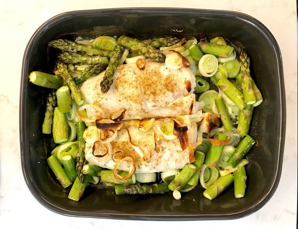 Merluza al horno con verduras